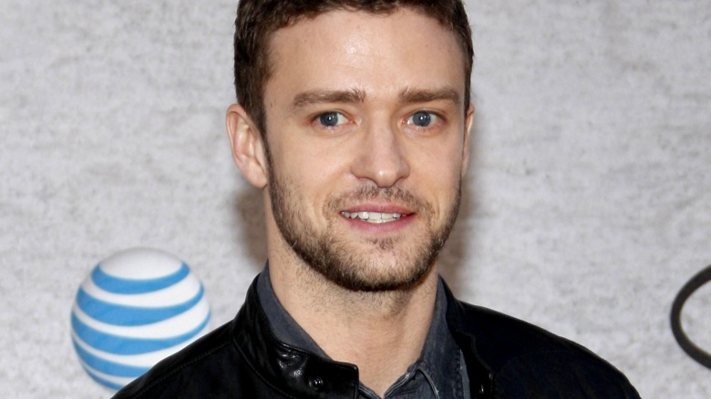 http://img3.looper.com/img/gallery/celebrities-with-weird-phobias/justin-timberlake-spiders.jpg