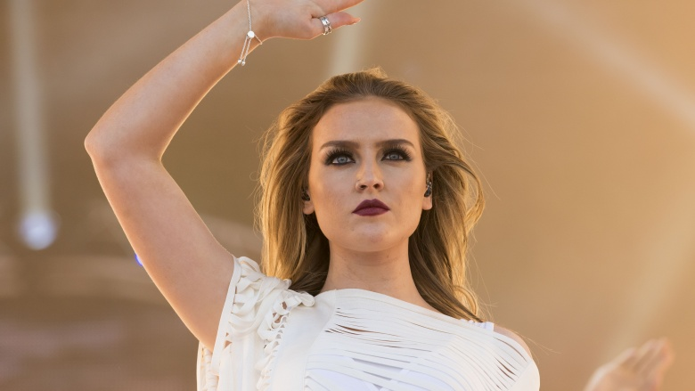 http://img3.looper.com/img/gallery/celebs-who-were-dumped-via-text/perrie-edwards.jpg