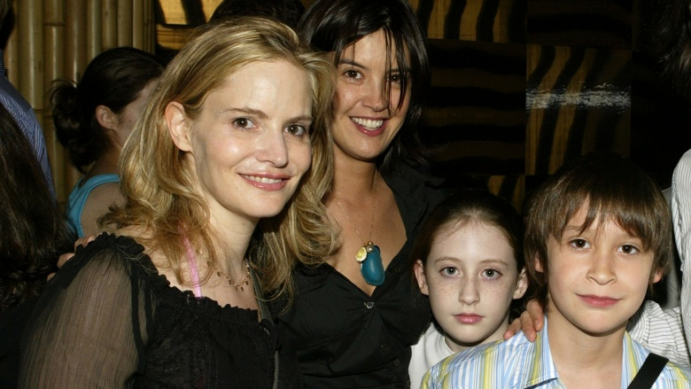 how did the cast of friends meet phoebe cates