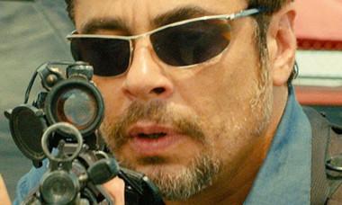Sicario trailer Benicio del Toro