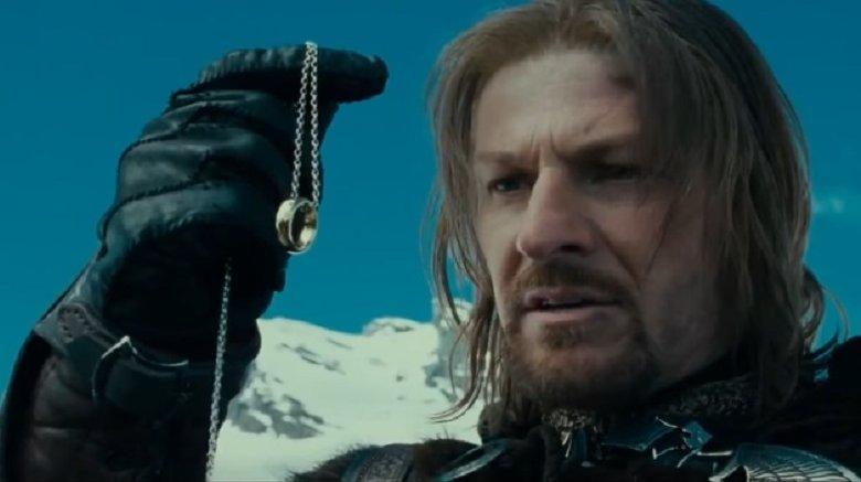 Boromir gazing at the ring