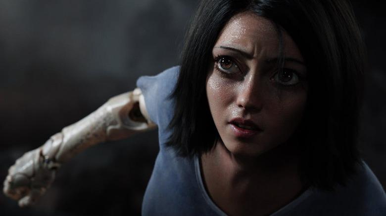 Alita: Battle Angel big eyes (trailer screengrab)