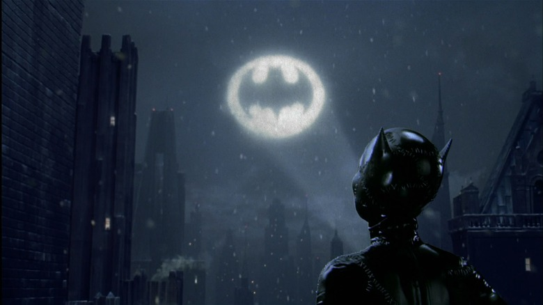 Catwoman seeing Bat-Signal