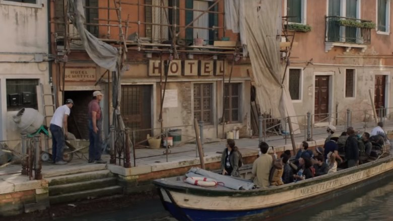 Students arrive at Hotel DeMatteis in Spider-Man: Far from Home