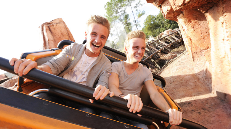 The Carter Twins enjoy Disney World's Big Thunder Mountain Railroad roller coaster