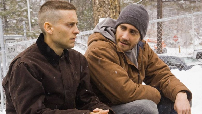 Tobey Maguire and Jake Gyllenhaal in Brothers