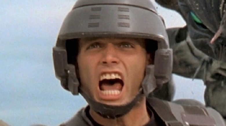 The Ending Of Starship Troopers Explained