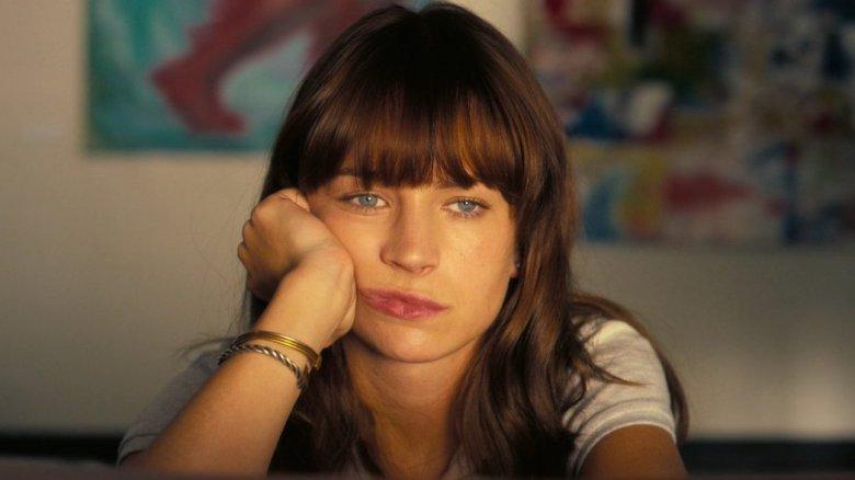 Britt Robertson in Girlboss