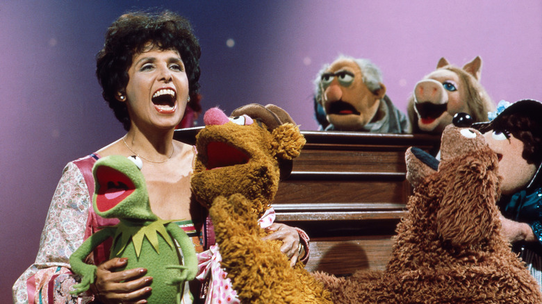 Muppets singing with Lena Horne