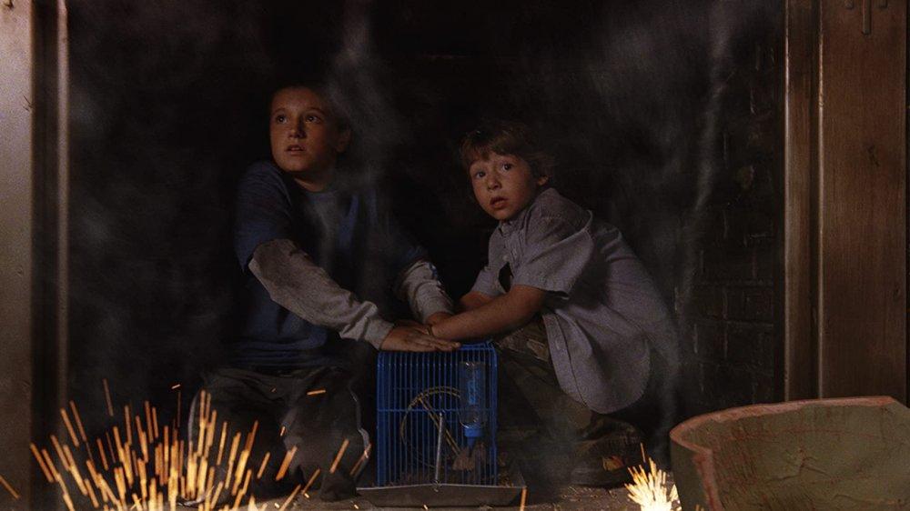 Josh Hutcherson and Jonah Bobo in Zathura