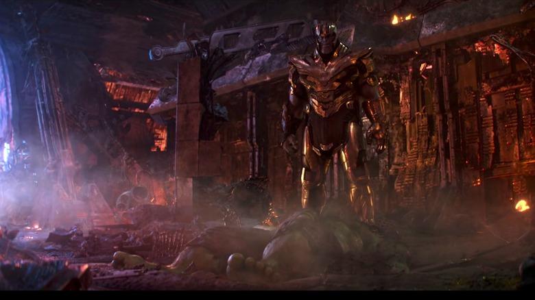 Thanos defeats Hulk in Infinity War